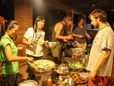 Hot Pot Night at Rak Tamachat